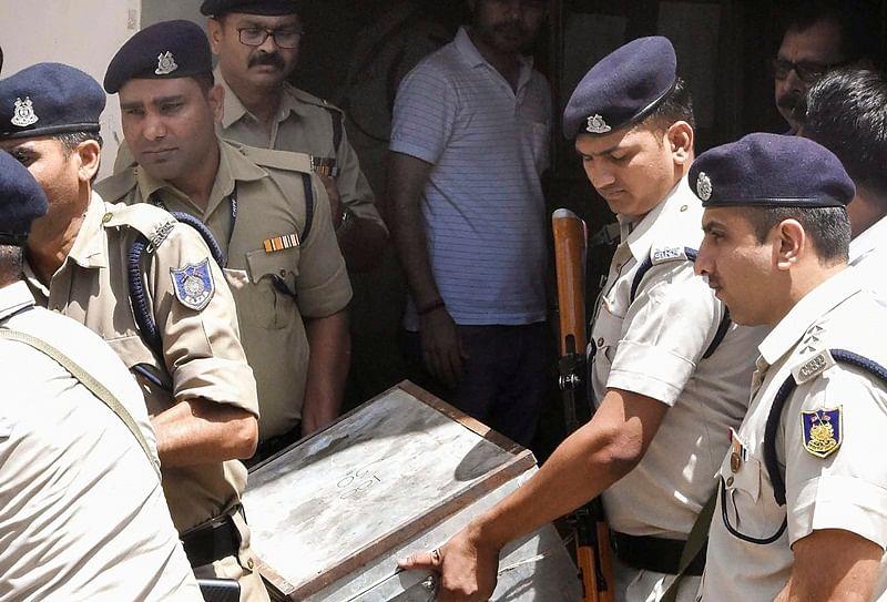 Madhya Pradesh raids: I-T detects Rs 281 cr racket of slush funds; recovers cash