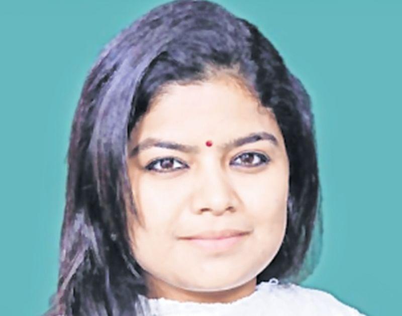 BJP candidate Poonam Mahajan is wilful defaulter: Congress