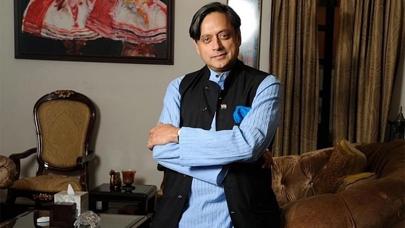 Sunanda Pushkar death case: Shashi Tharoor can travel to US, says Delhi court