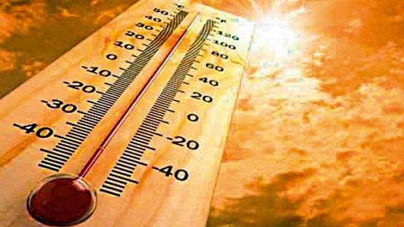 High humidity level reaches its peak as temperature hovers around 34 degrees Celsius in Mumbai