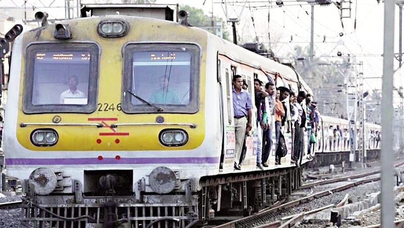 Coronavirus in Mumbai: Western Railway, Central Railway trains will not run till April 14, says Rail Ministry
