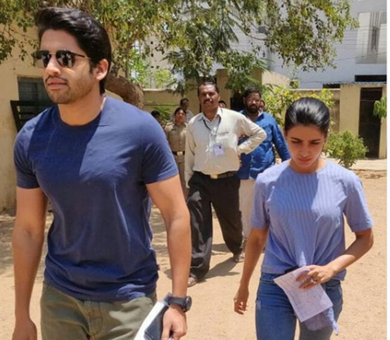 Lok Sabha elections 2019: Celebrities and politicians cast their votes; check out the pictures here