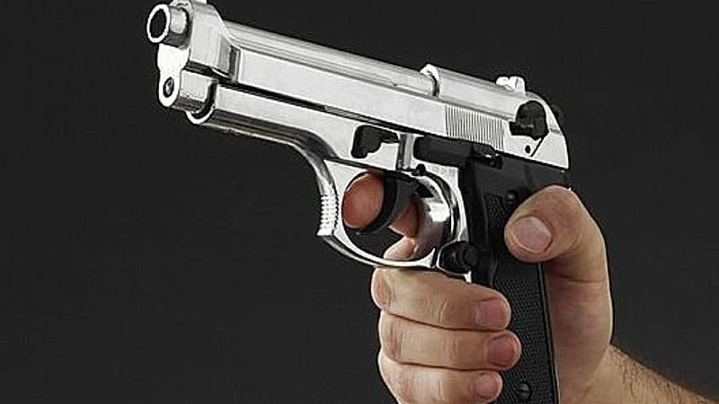 Maharashtra: Ex-Aurangabad Corporator rapes woman at gun point