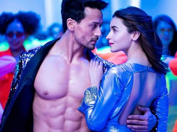 Tiger Shroff shares behind the scene clip from 'Hook Up Song'