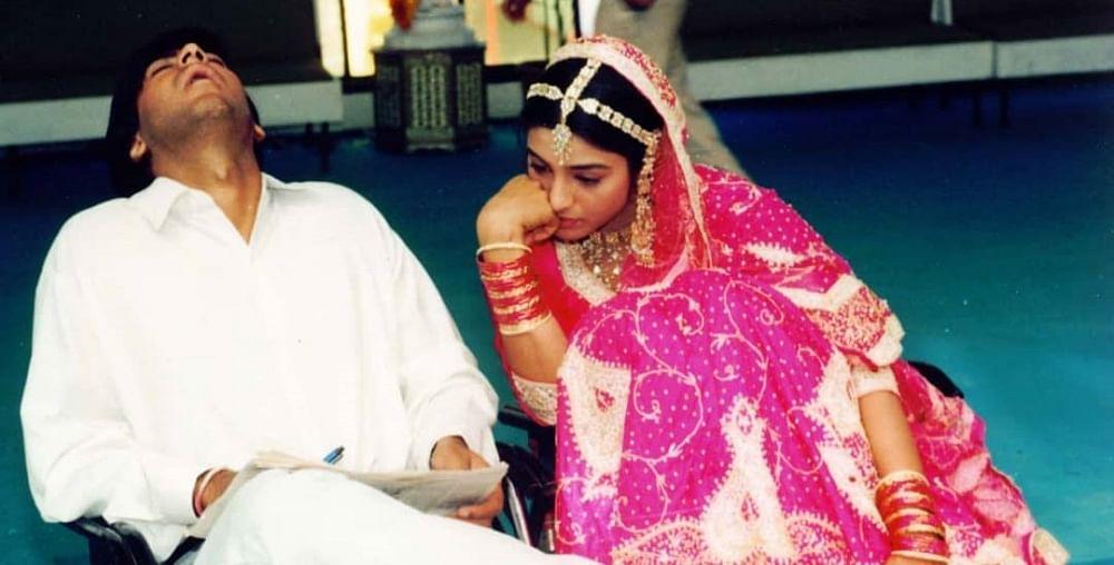 Ajay Devgn shares a throwback picture with 'De De Pyaar De' co-star Tabu