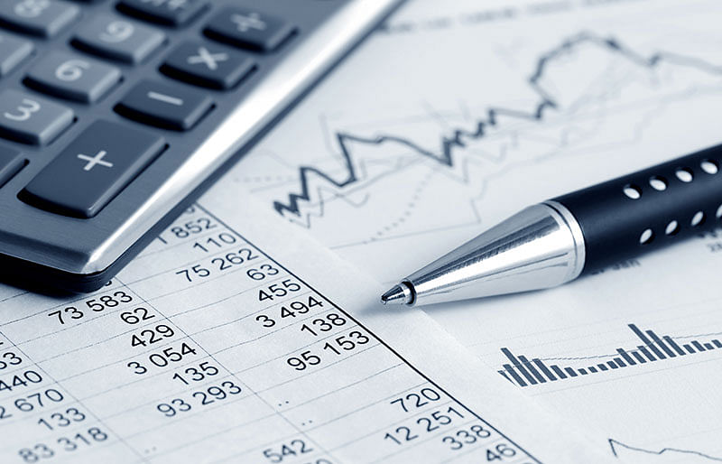 HCL Tech shares drop 6 percent post weak Q4 profit results