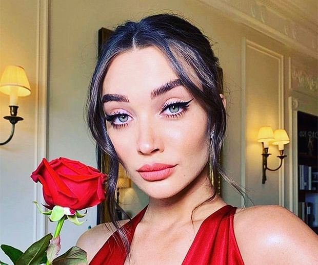 Pregnant Amy Jackson sizzles in a red gown at BAFTAs 2019