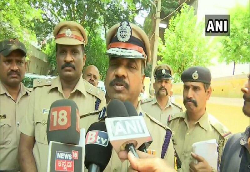 Bengaluru: Explosion outside Congress MLA Munirathna's residence kills one, police starts investigation
