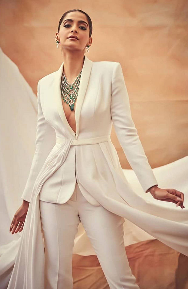 Sonam Kapoor at Cannes Film festival becomes a vision in white from a ray of sunshine to a vision in white on Day 6