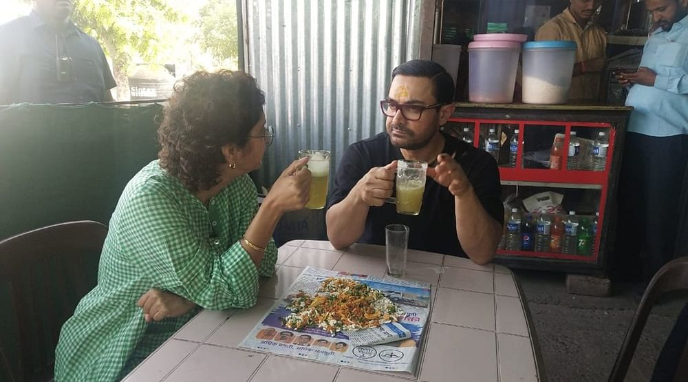 Aamir Khan and wife Kiran Rao cool off the heat with sugarcane juice – see photos