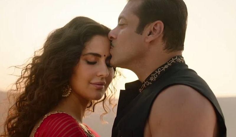 Salman Khan's unveils romantic song 'Chashni' with his Saira Banu, aka Katrina Kaif