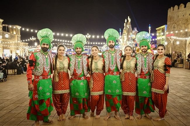 Pure Bhangra- Team making Middle East Dancing on Punjabi Beats