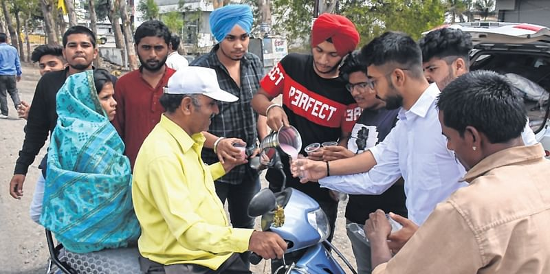 Indore: Ink your way to a gastronomical treat