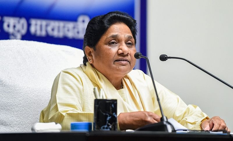 Mayawati sacks close aide Ramvir Upadhyaya
