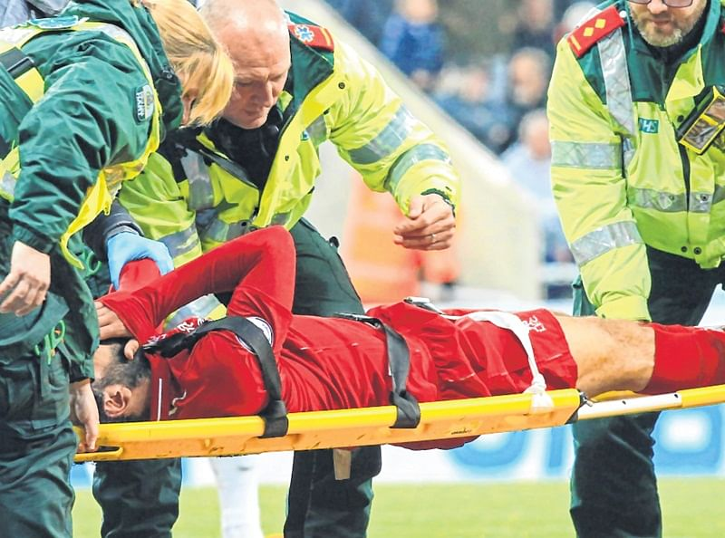 Injured Mohamed Salah, Roberto Firmino to miss Barca clash