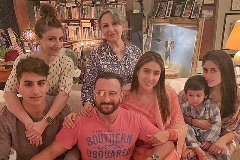 Pataudis Assemble! Sharmila, Saif, Kareena, Soha along with Sara, Ibrahim and Taimur strike a pose