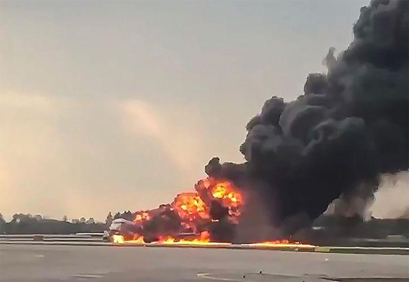 41 people killed in Russian passenger plane fire