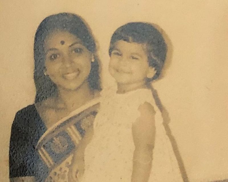 This rare childhood picture of Vidya Balan with her mom will definitely melt your heart