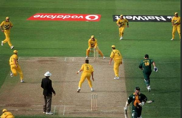 The image that with haunt South African cricket forever. Pic: @ICC/ Twitter
