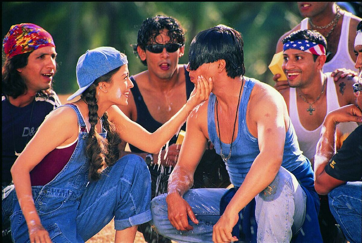 Aishwariya Rai and Shah Rukh Khan in the movie Josh