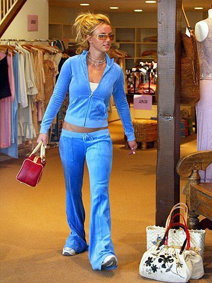 """<div class=""""paragraphs""""><p>Britney's fave Juicy Couture tracksuit</p></div>"""