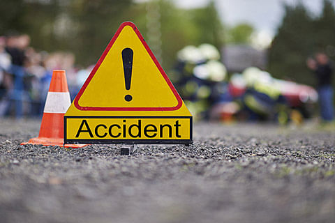 7 injured in highway accident