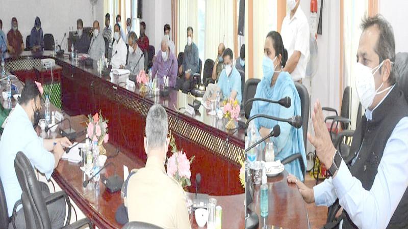 Advisor Baseer Khan reviews functioning of  Manasbal Development Authority