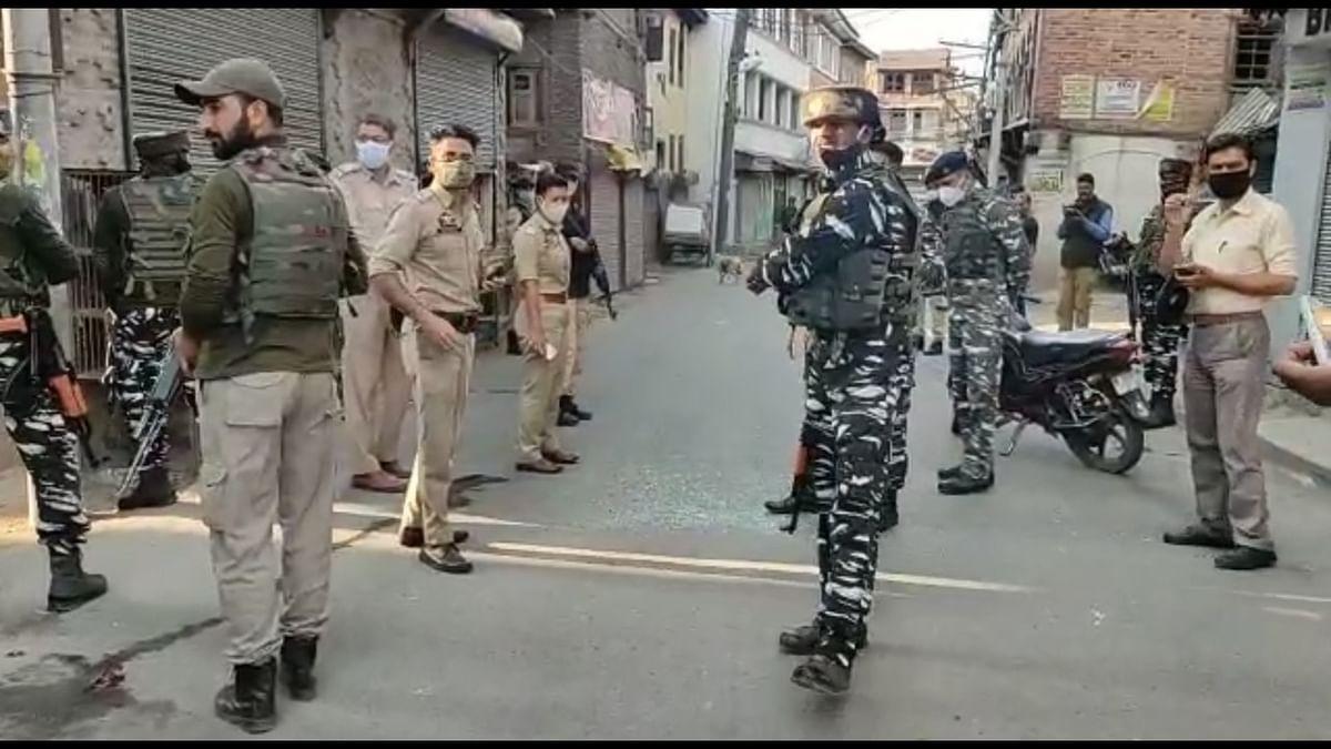 Woman among four injured in grenade attack in Srinagar's Barbarshah