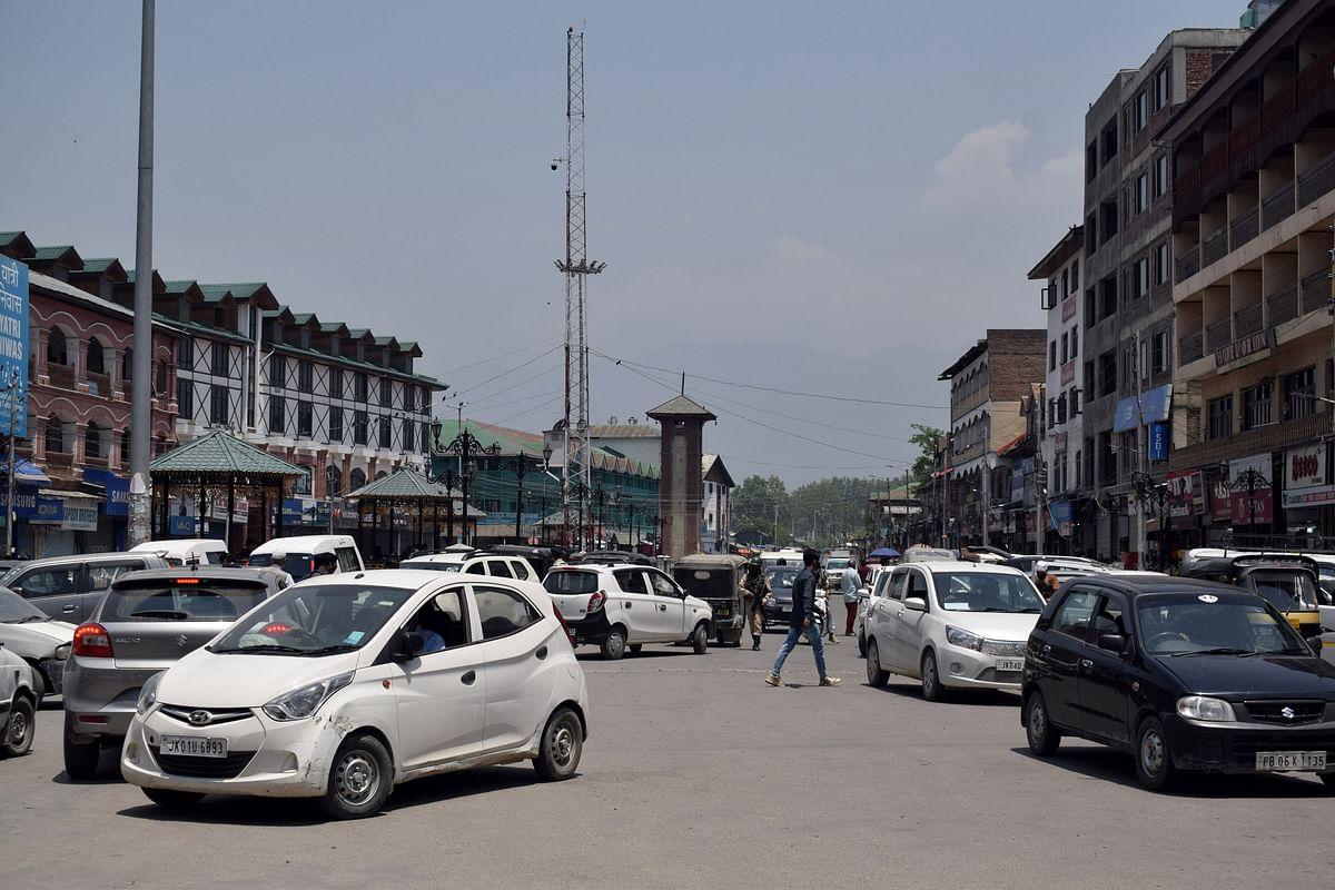 Markets open after weekend curfew