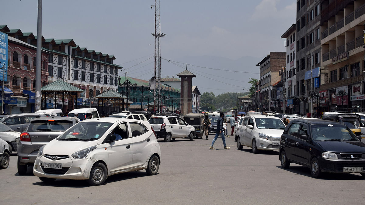 COVID19 | Positivity rate dips to 4%, recovery goes up to 96% in Srinagar
