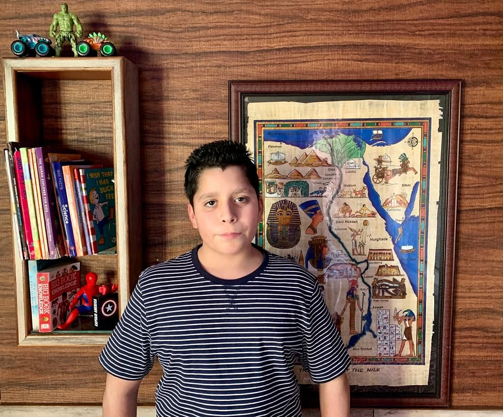 Srinagar boy creates world record by identifying all UN recognised 195 flags in record time