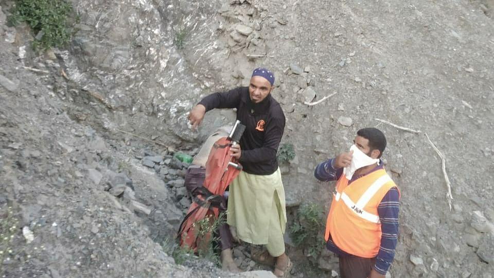 Hazratbal resident killed in freak accident on Srinagar-Jammu highway