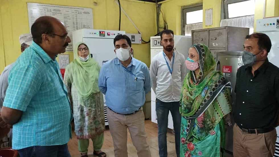 Director Agriculture inspects Seed Testing Labs