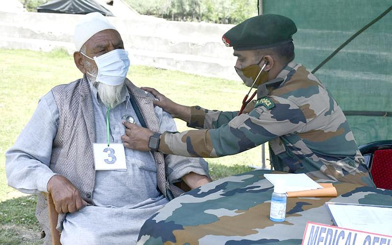 Army organises medical-cum-veterinary camp in Kupwara