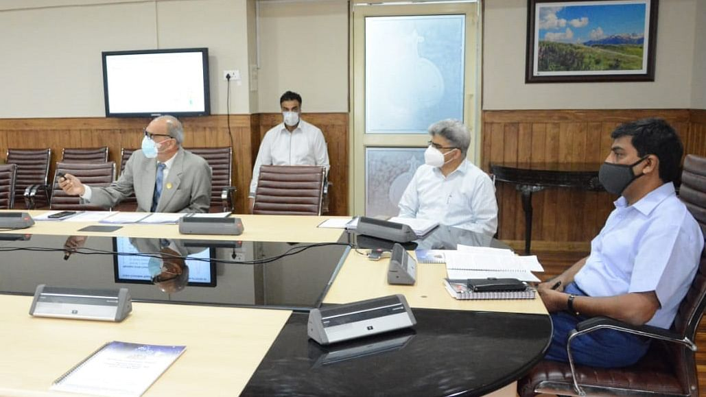 J&K prepares capacity expansion plan to tackle a possible 3rd wave of COVID