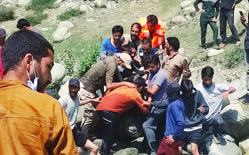 Budgam teen's body fished out from stream a day after drowning