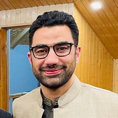 Abid Rasheed reviews progress of JalJeevan Mission in Kashmir division