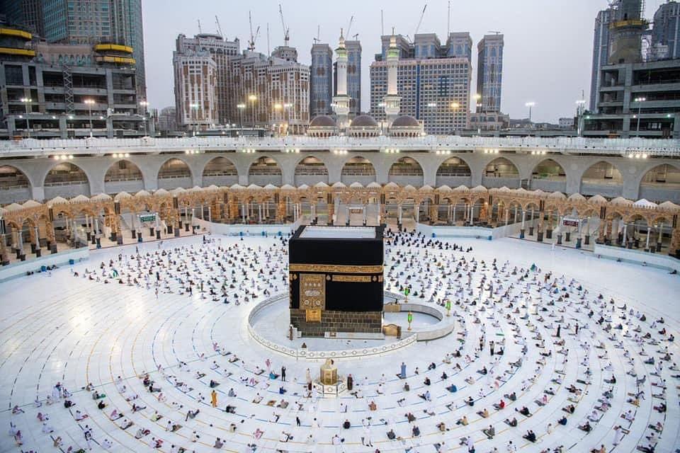 Farooq Abdullah appeals Hajj Pilgrims to pray for peace, prosperity of JK people