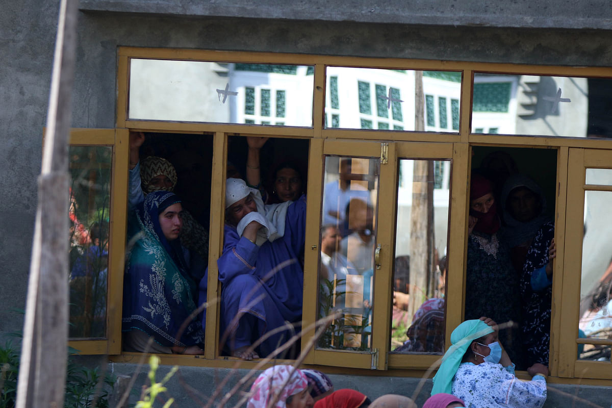 Pall of Gloom Descends on Awantipora village As Cop, His Family Killed