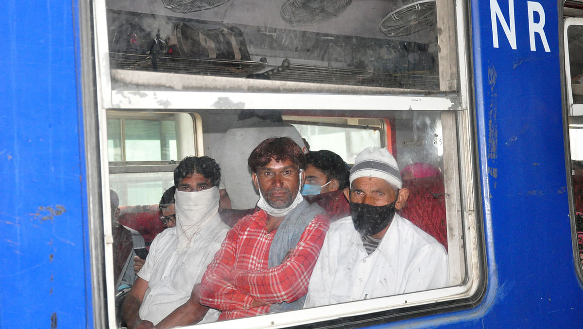 The railway officials advised passengers to follow Covid-19 related SOPs.