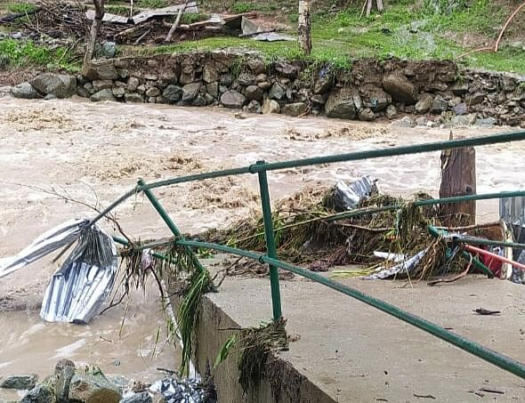 Residential house, mosque partially damaged as heavy rains, possible cloudburst trigger flash floods in Bandipora