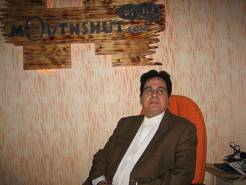 Tragedy king Dilip Kumar passes away