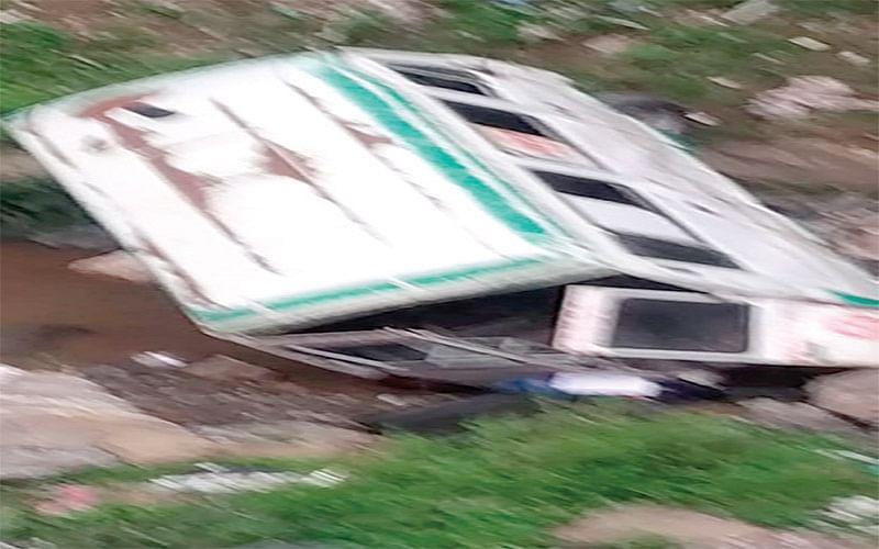 Woman dies, 2 injured as ambulance falls into gorge