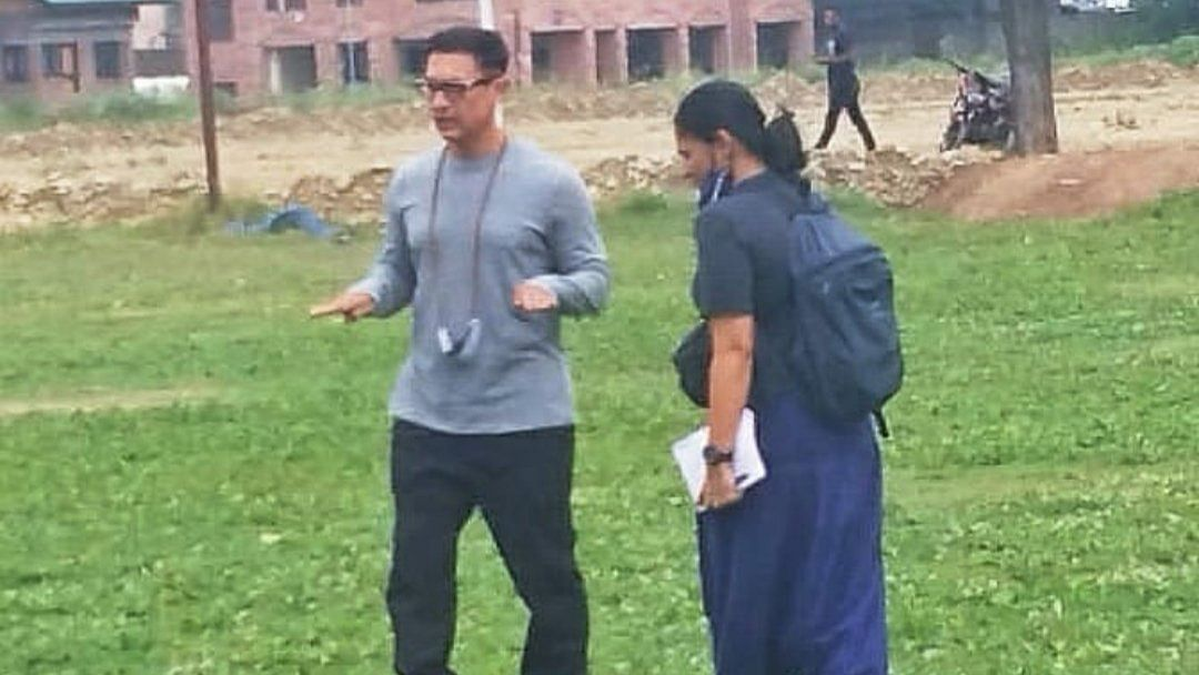 Bollywood superstar Aamir Khan visits Srinagar college