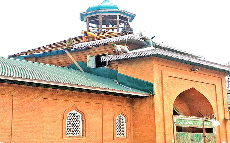 Renovation of Jamia Masjid Shopian goes on at full swing