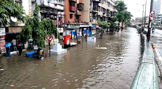 15 dead in house collapses as heavy rains pummel Mumbai; local train services suspended