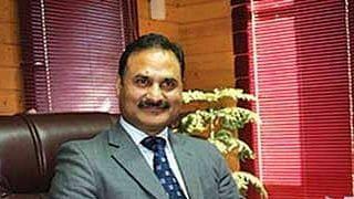 Dr Saleem ur Rehman posted DG Family Welfare, MCH & Immunization, Mohammed Ashraf Bhat DG Youth Services & Sports