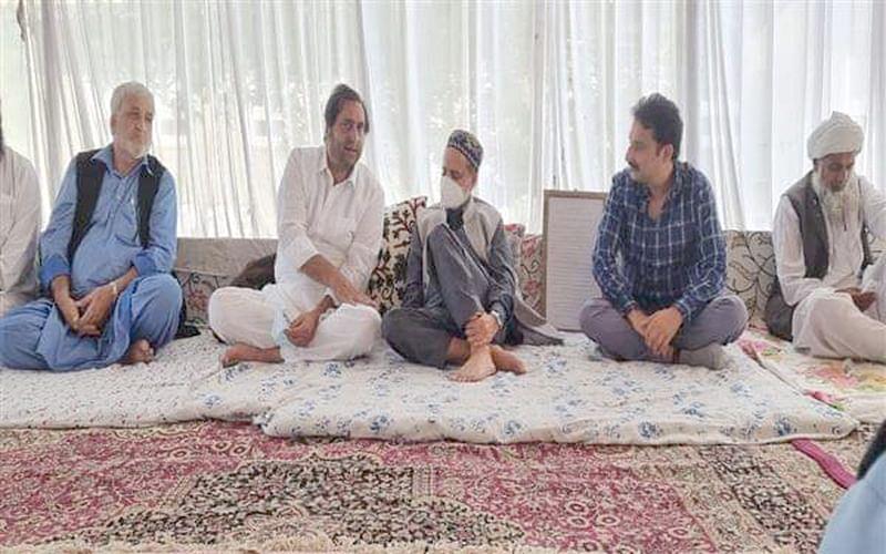 Sajad Lone visits Mian Bashir's family at Wangath