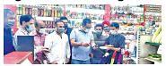 Navin inaugurates sale counter of organic, exotic fresh vegetables at Sanat Nagar