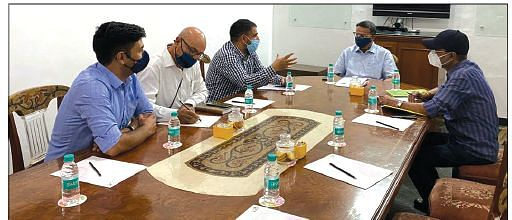 PHDCCI- Kashmir team interacts with Parl Panel on Labour